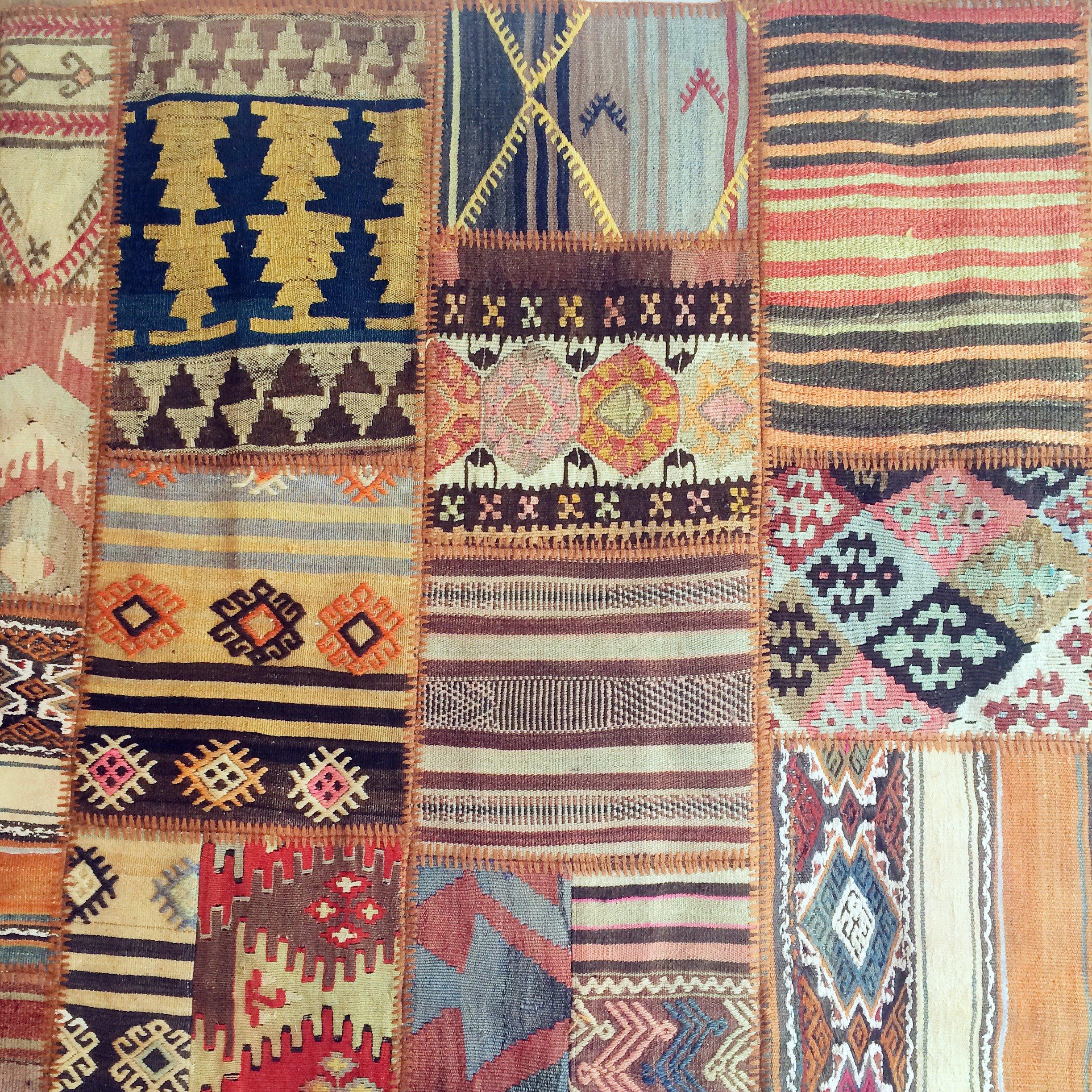 Unik handgjord matta av kelimbitar