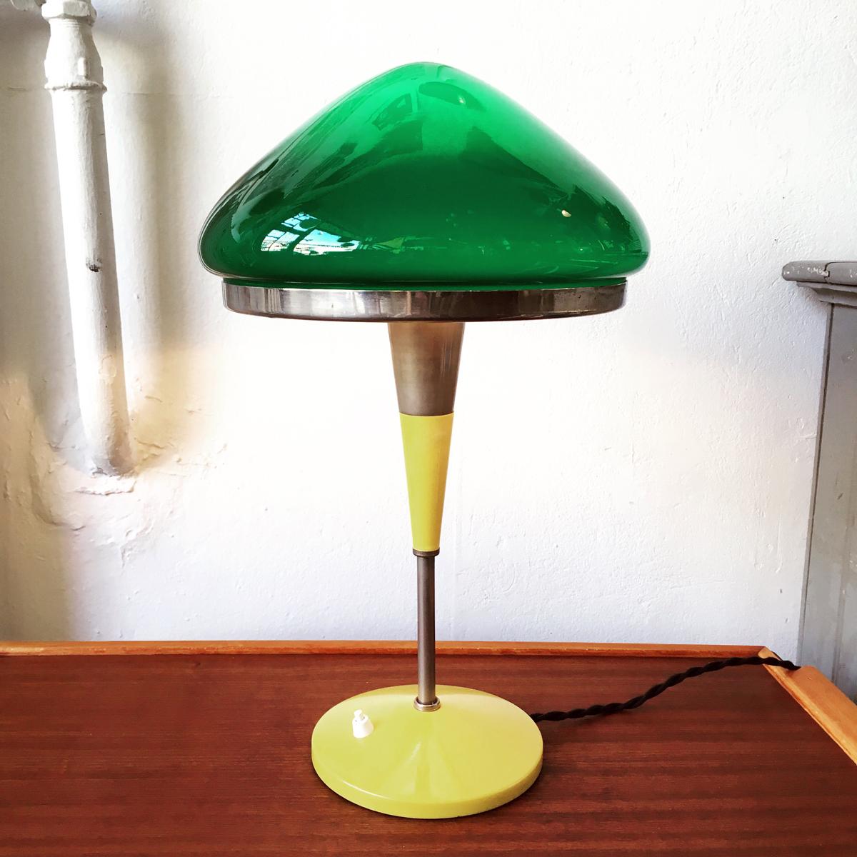 FABRIKEN_skrivbordslampa_glasskarm
